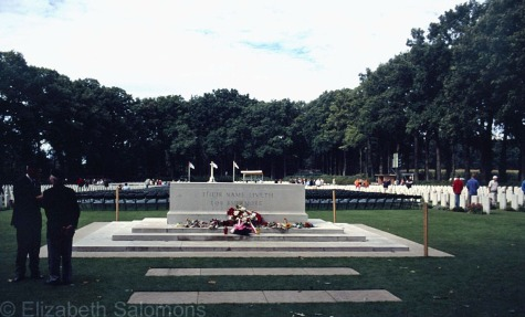 Airborne Cemetery Oosterbeek